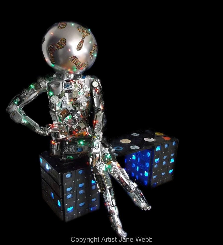 art-recycled-electronics-ewaste-computer-sculpture