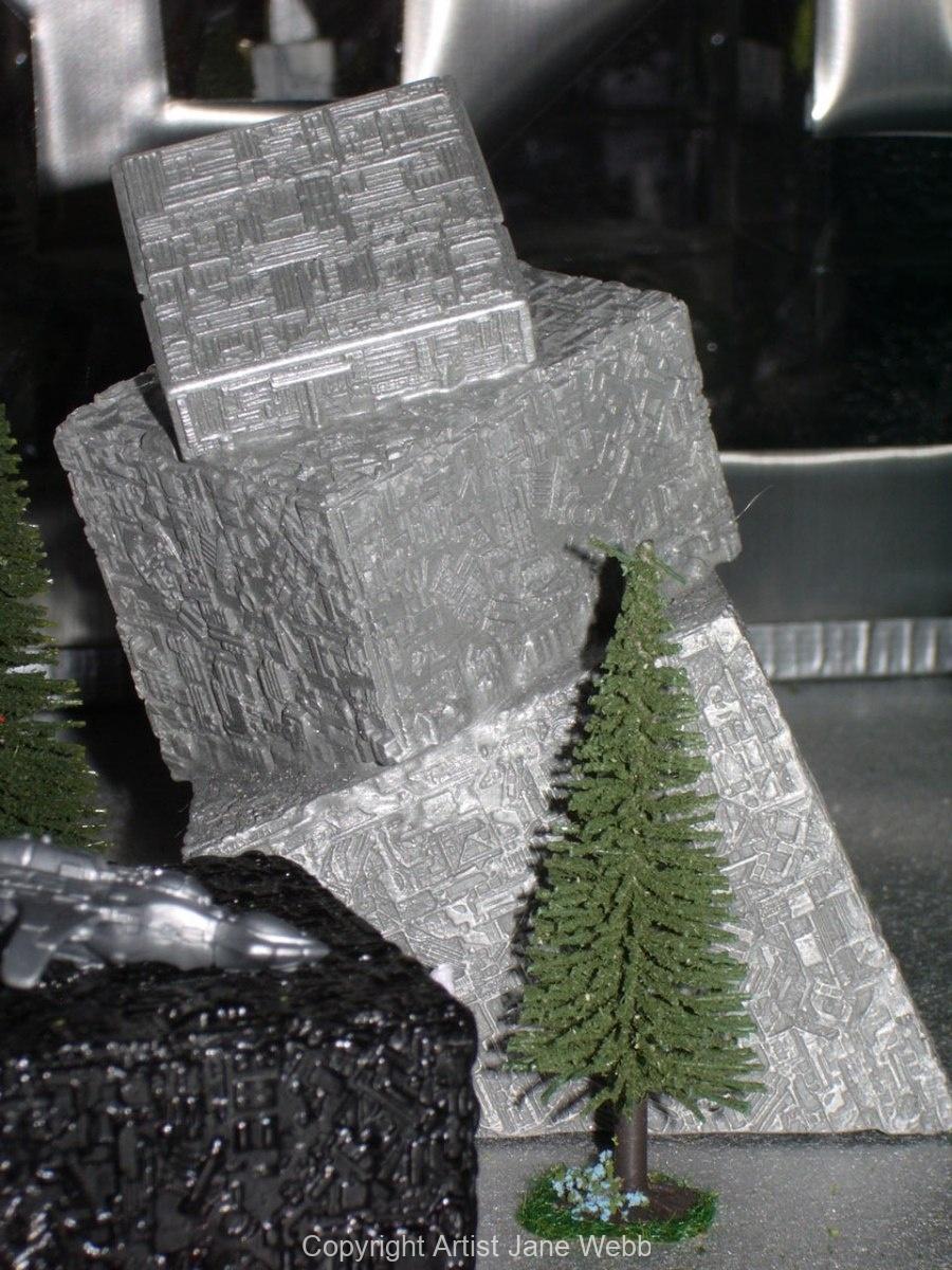 futuristic-model-art-installation