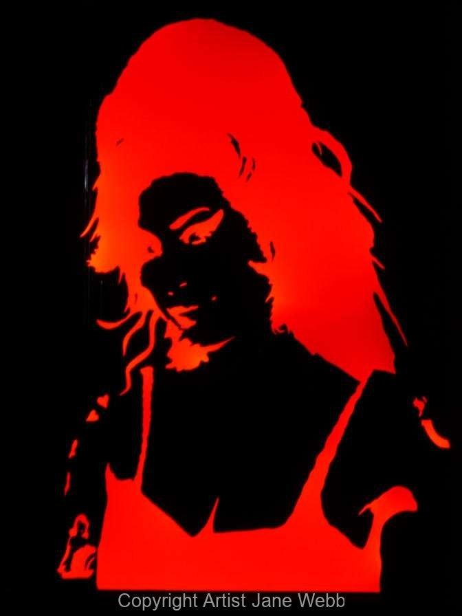 1_Amy-Wienhouse-illuminated-mirror-art