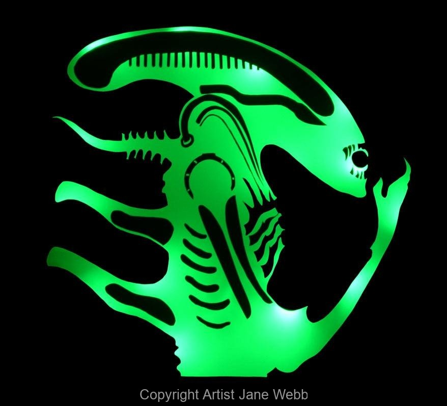 1_alien-hr-giger-illuminated-wall-mirror-light-art