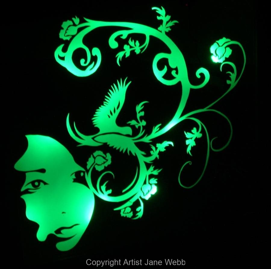 2_little-chinagirl-green-light-art
