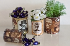 steampunk-wedding-flower-display-table