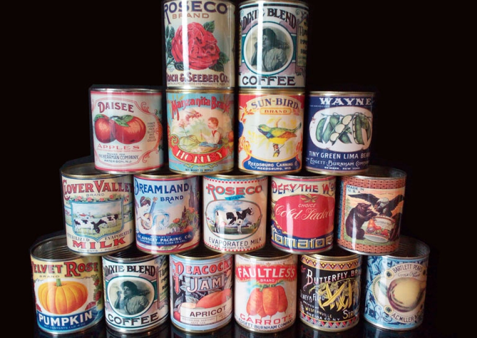 Replica-Vintage-cans-wedding-flower-holders