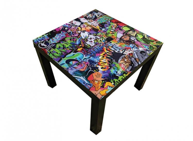 custom-graffiti-table–furiture