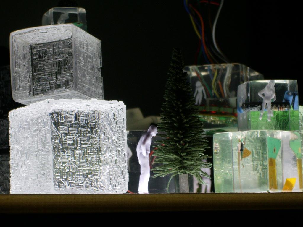 cast glass resin model